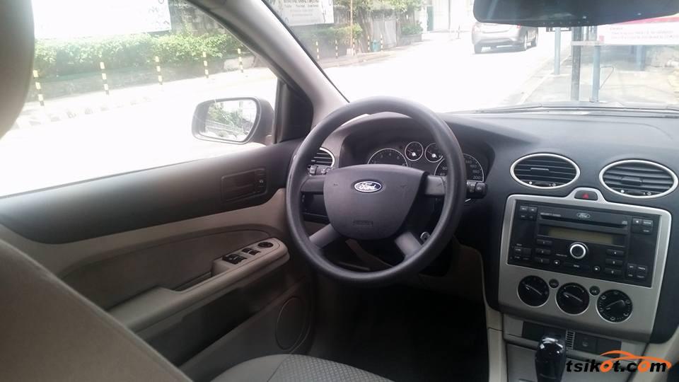 Ford Focus 2008 - 8