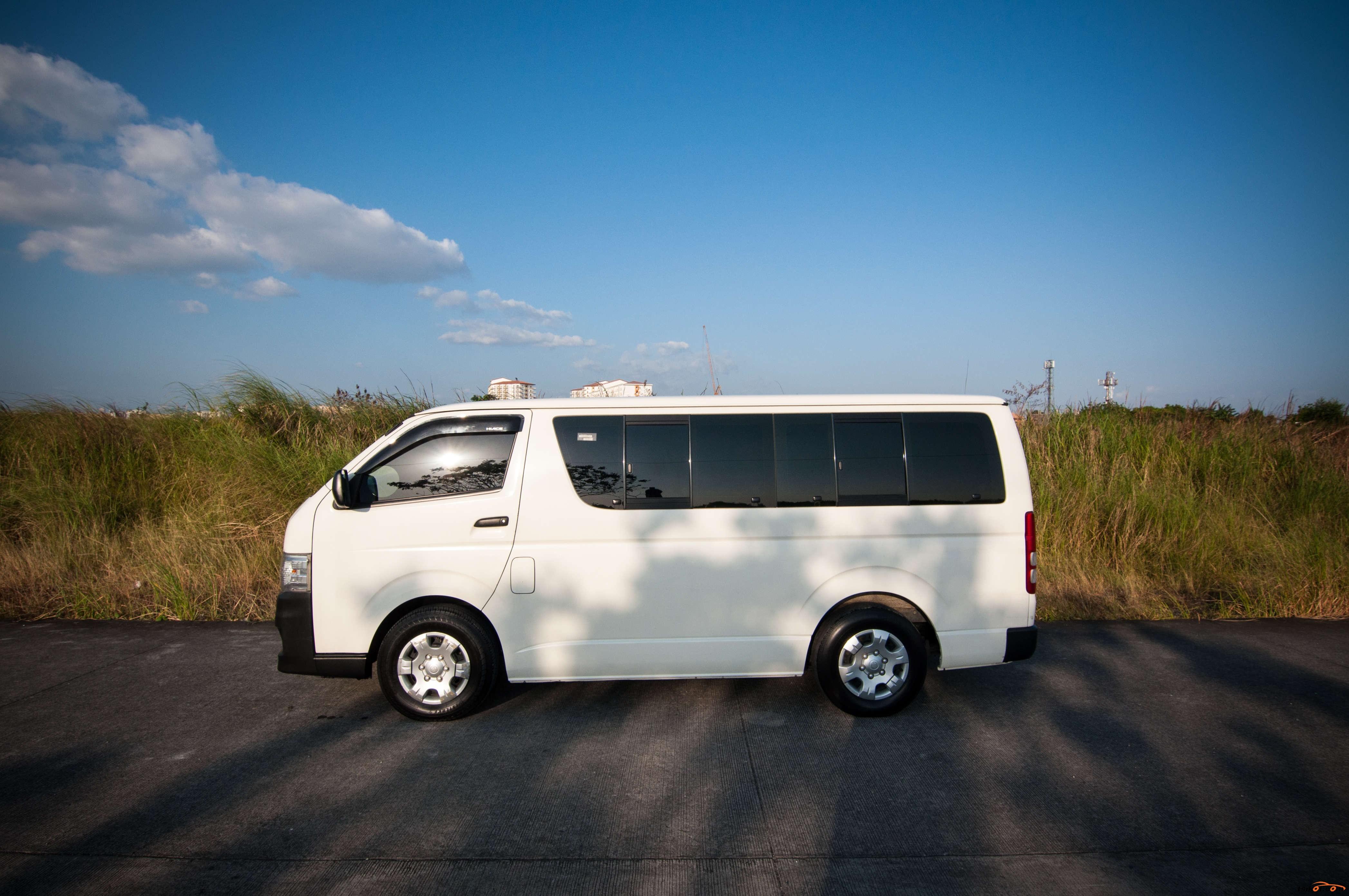 Toyota Hi-Ace 2013 - 4