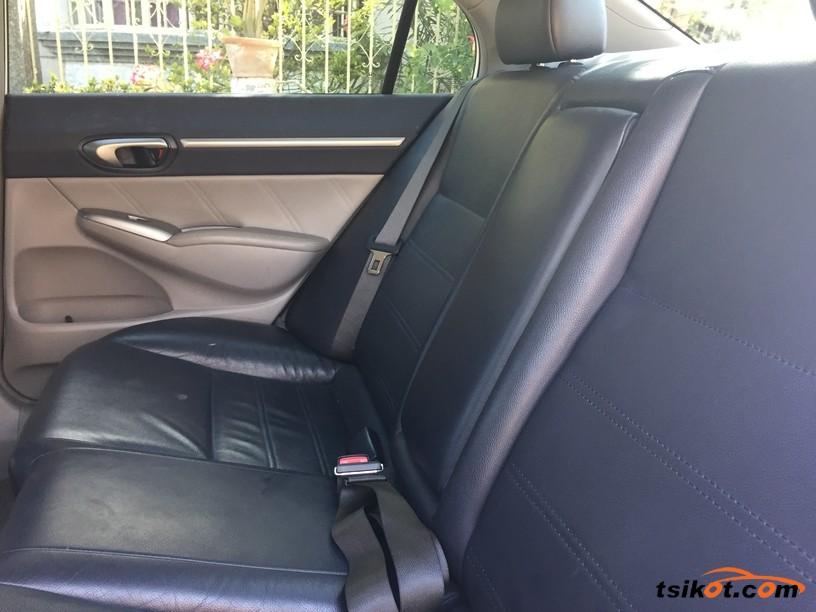 Honda Civic 2010 - 6