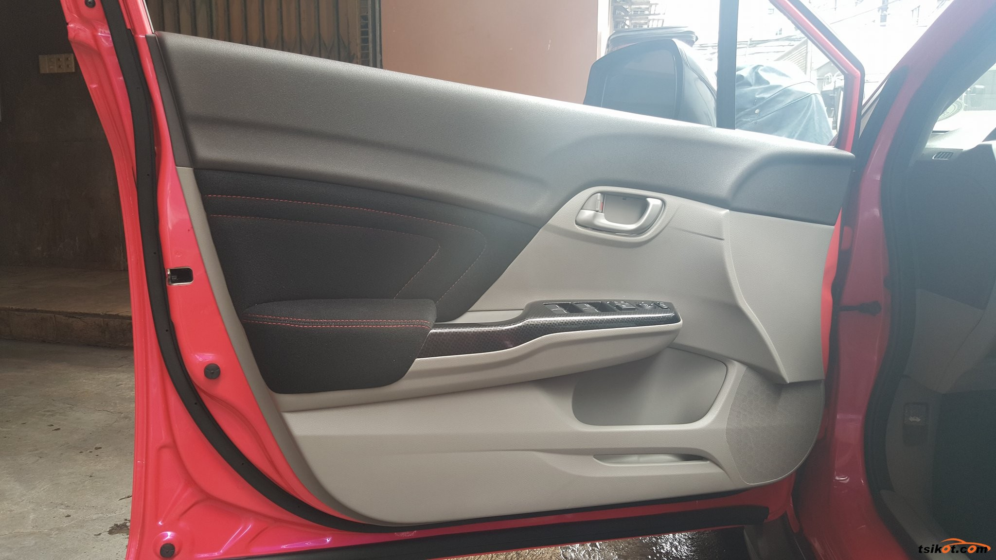 Honda Civic 2013 - 10