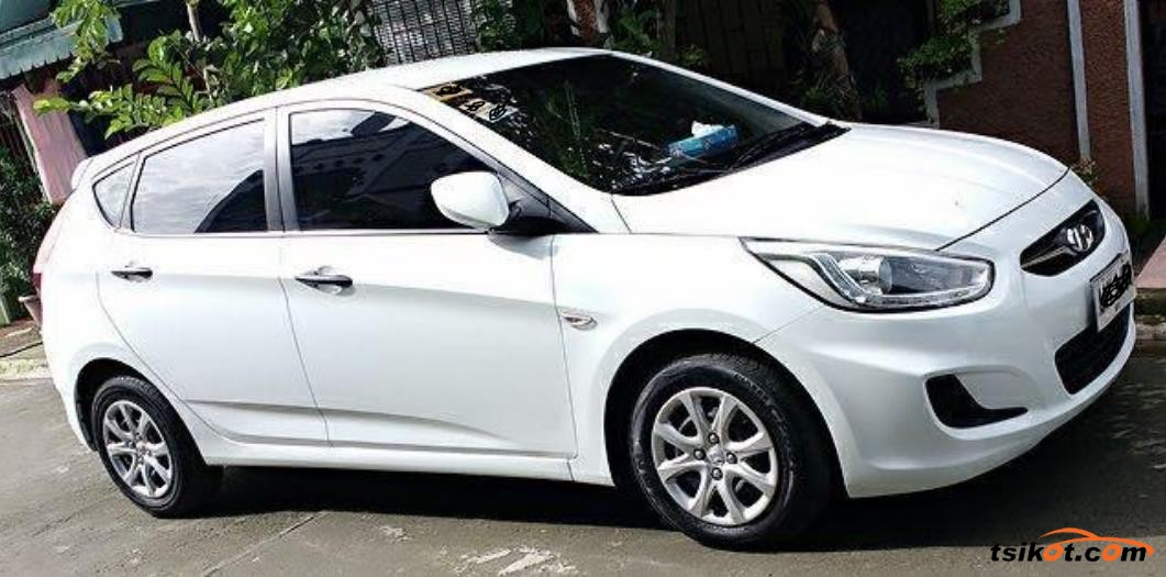 Hyundai Accent 2014 - 1