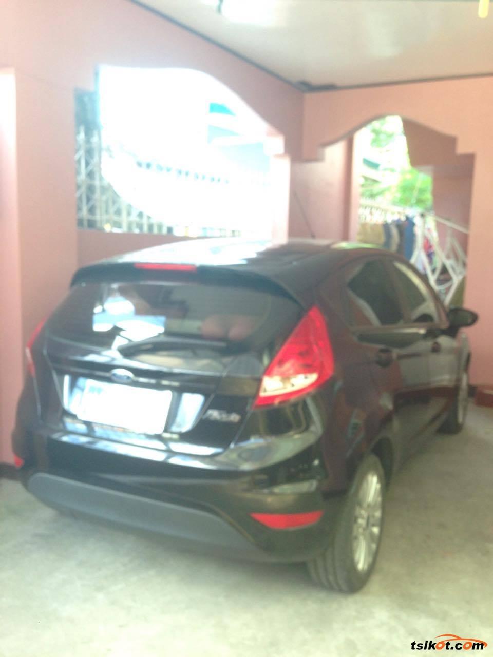 Ford Fiesta 2013 - 3