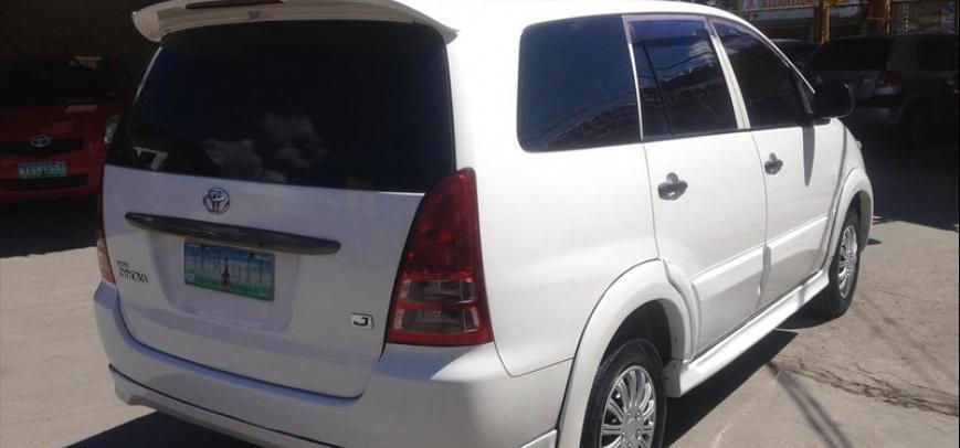 Toyota Innova 2006 - 10