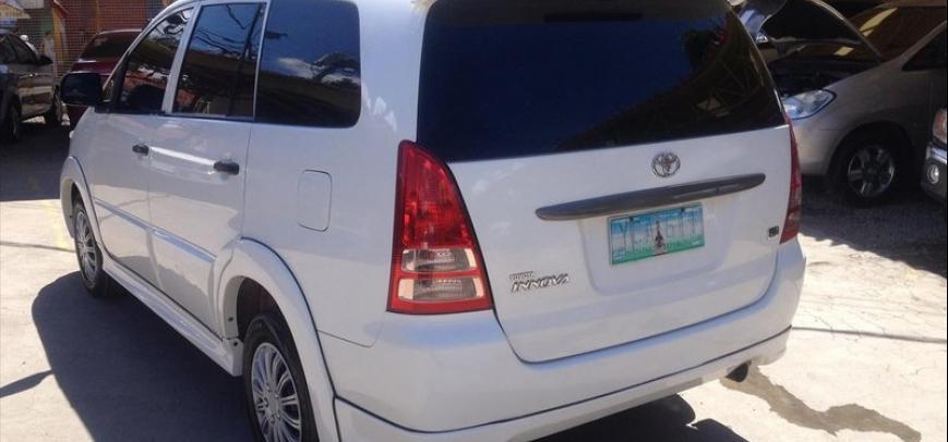 Toyota Innova 2006 - 14