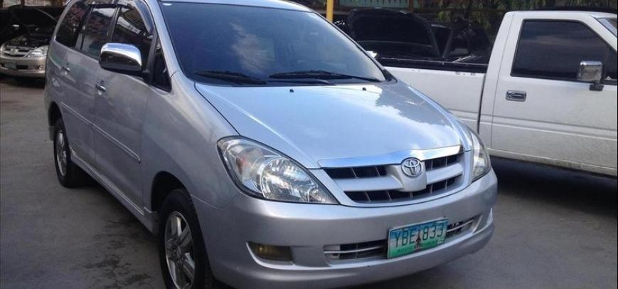Toyota Innova 2005 - 4