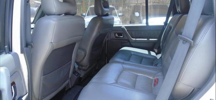 Mitsubishi Pajero 2001 - 11