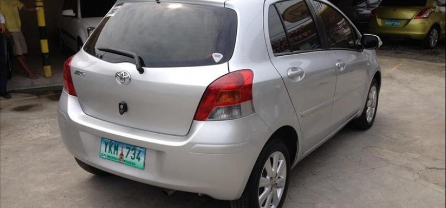 Toyota Yaris 2012 - 4