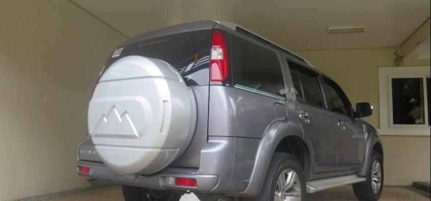 Ford Everest 2010 - 12