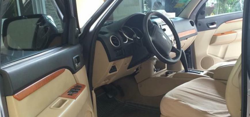 Ford Everest 2010 - 8