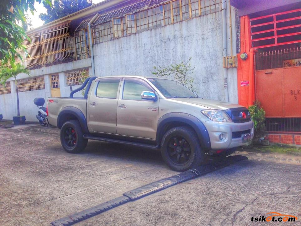 Toyota Hilux 2009 - 3