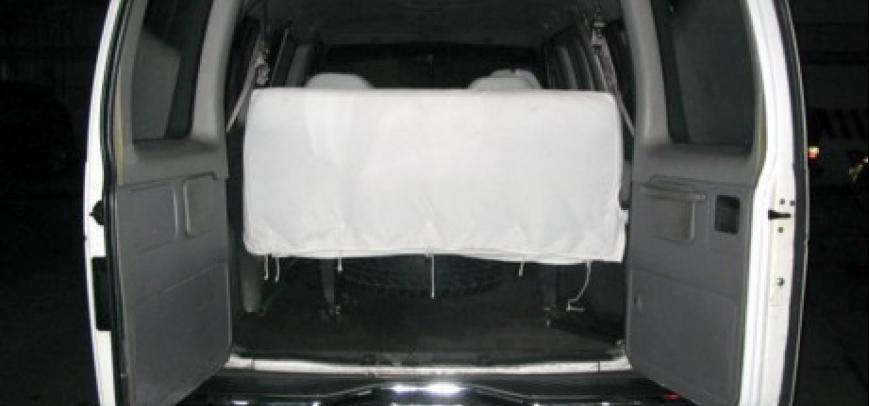 Ford Clubwagon 2000 - 11