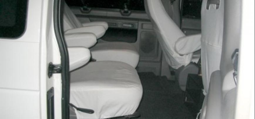 Ford Clubwagon 2000 - 6