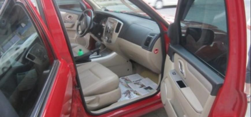 Ford Escape 2010 - 21
