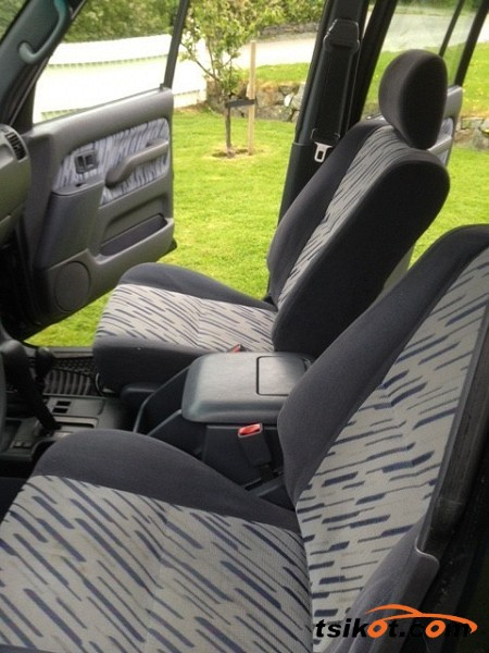 Toyota Land Cruiser 1999 - 4