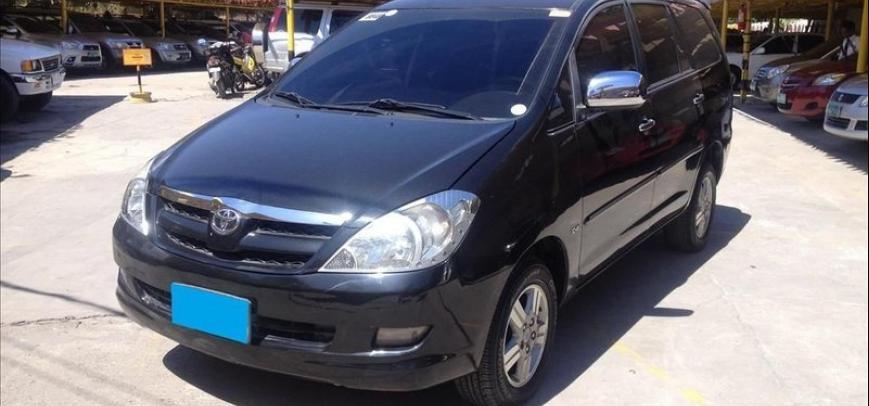 Toyota Innova 2009 - 9