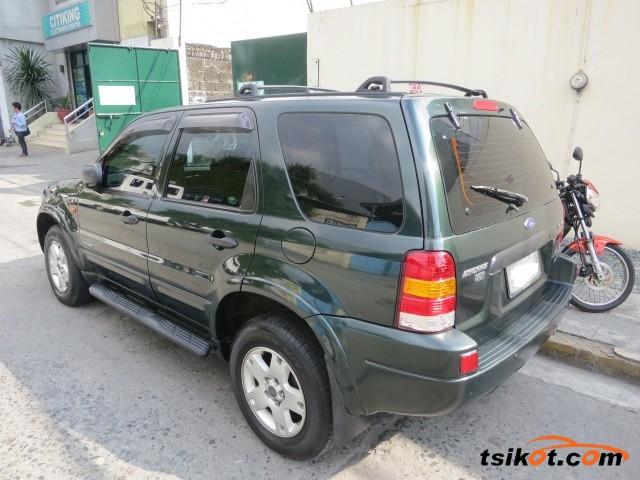 Ford Escape 2004 - 4