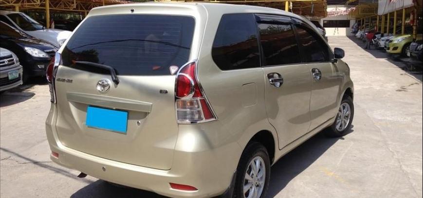 Toyota Avanza 2012 - 10