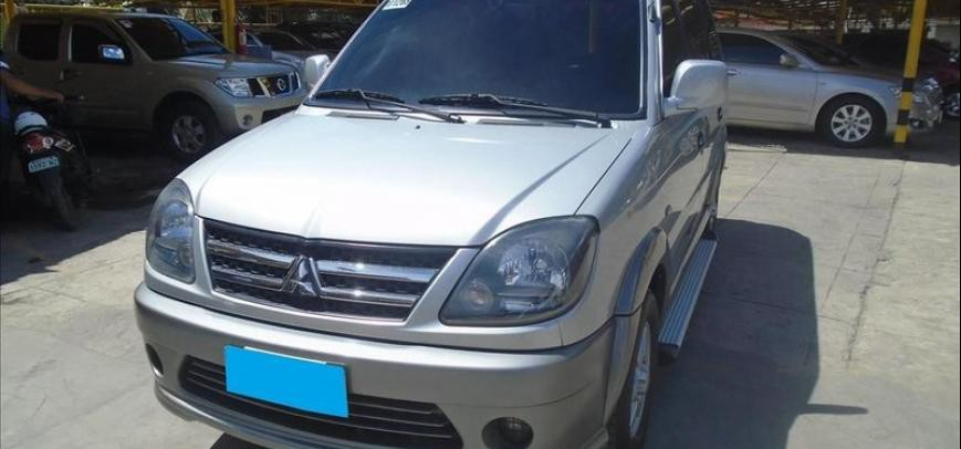 Mitsubishi Adventure 2011 - 3