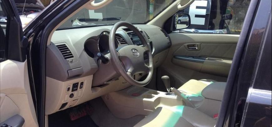 Toyota Fortuner 2008 - 9