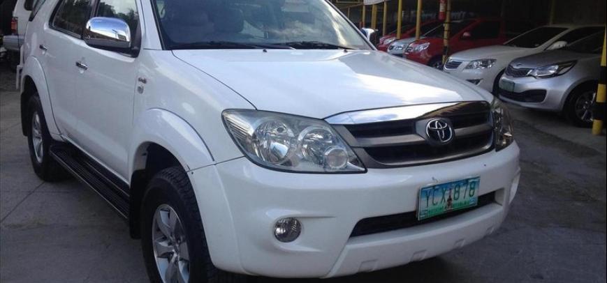 Toyota Fortuner 2006 - 12