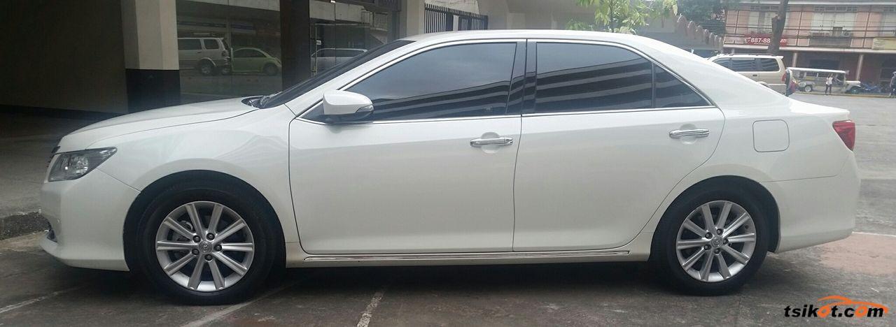 Toyota Camry 2014 - 2