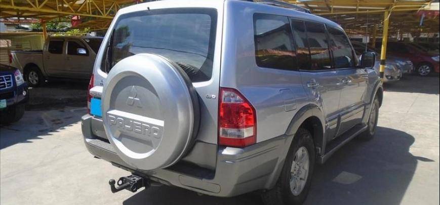 Mitsubishi Pajero 2004 - 12