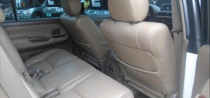 Toyota Land Cruiser 2001 - 5