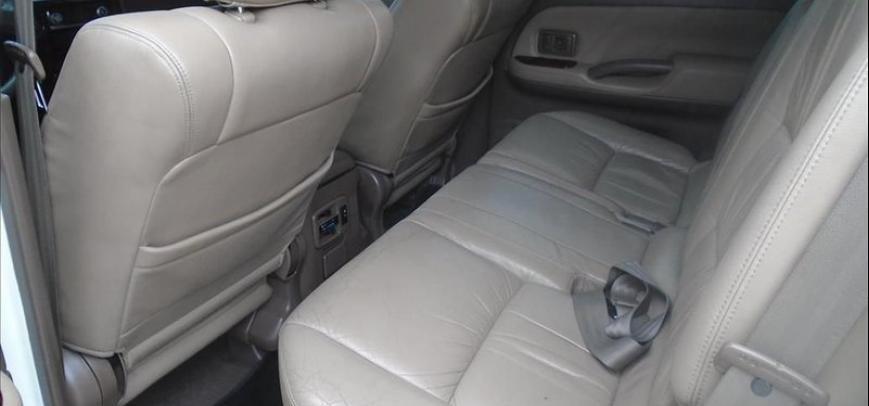 Toyota Land Cruiser 2001 - 8