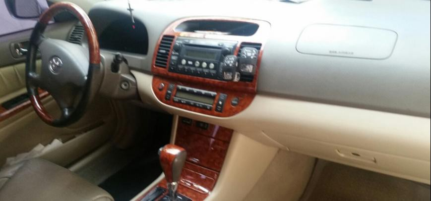 Toyota Camry 2005 - 12