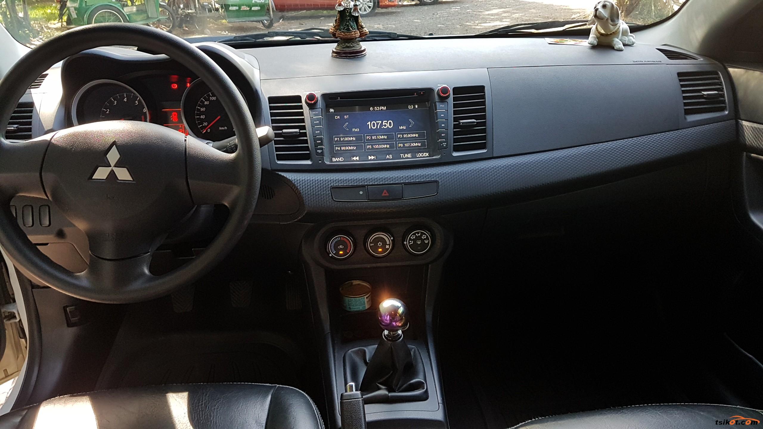 Mitsubishi Lancer 2013 - 3
