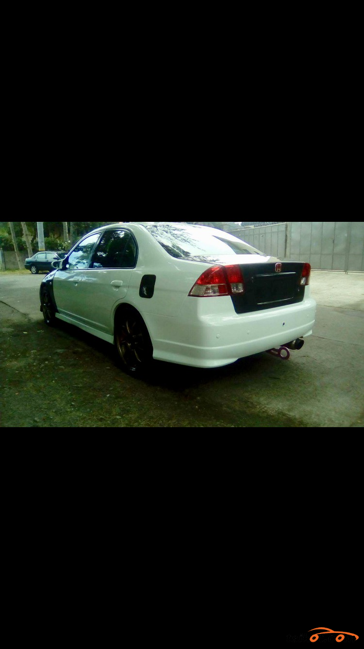 Honda Civic 2004 - 4