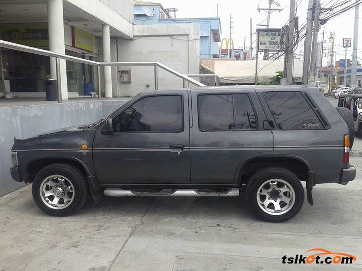 Nissan Terrano 1992 - 6