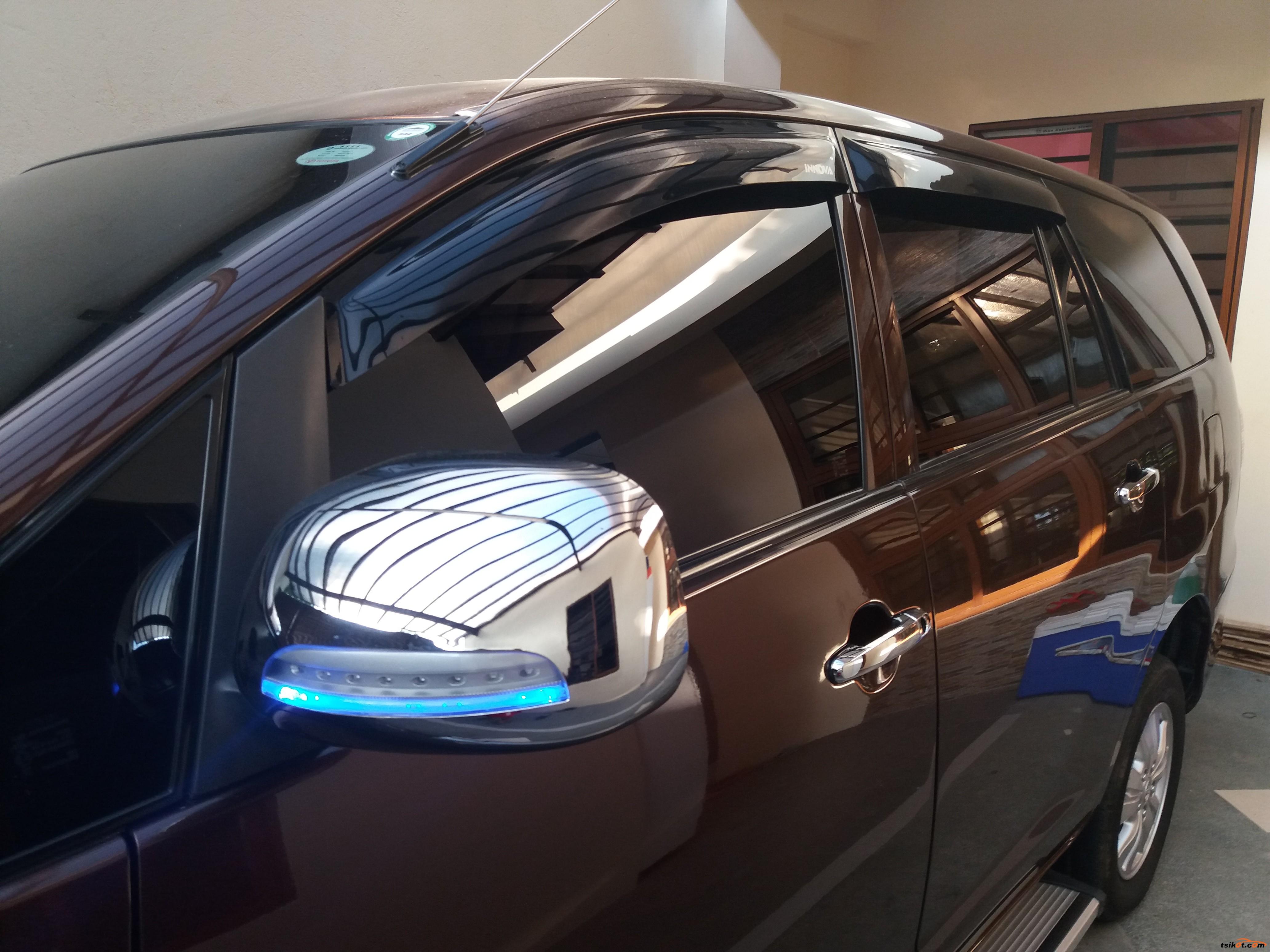 Toyota Innova 2014 - 3