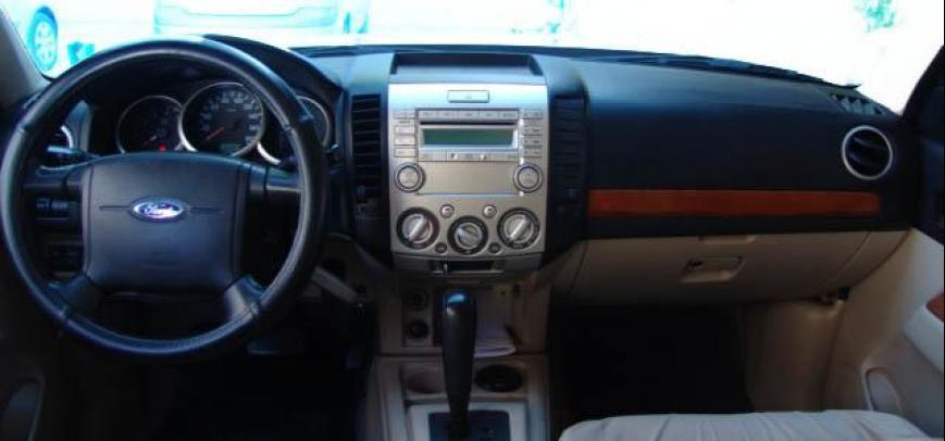 Ford Everest 2009 - 2