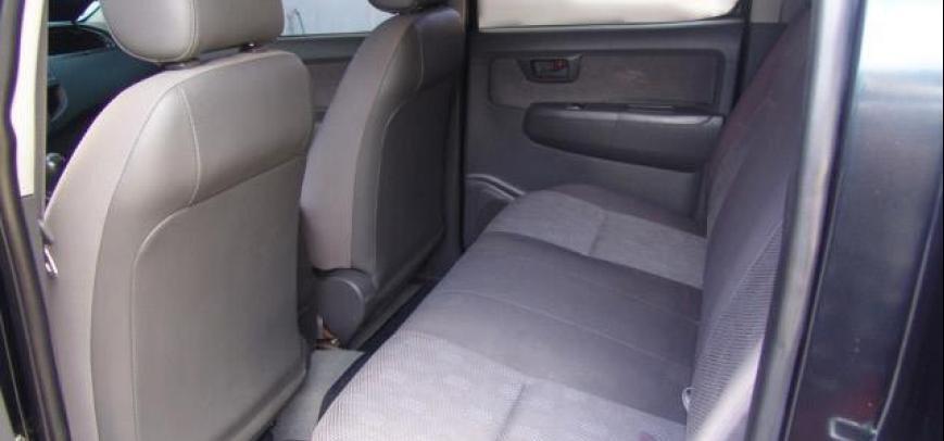 Toyota Hilux 2013 - 7