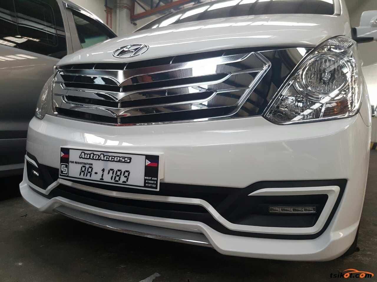 Hyundai G.starex 2017 - 2