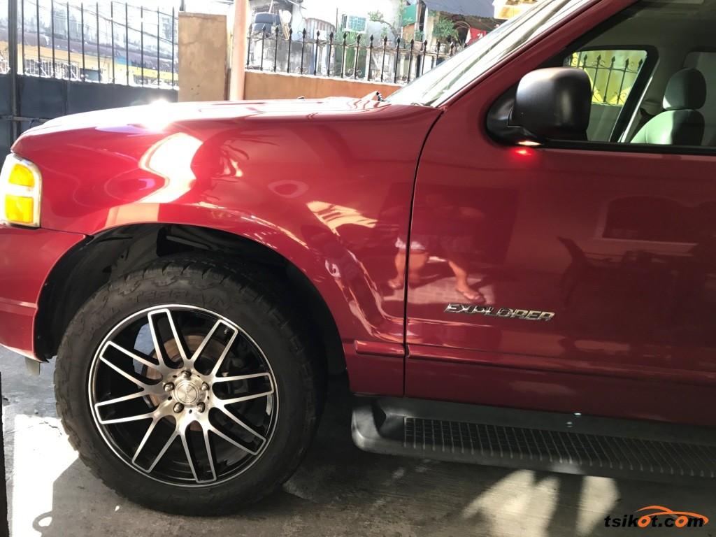 Ford Explorer 2006 - 3