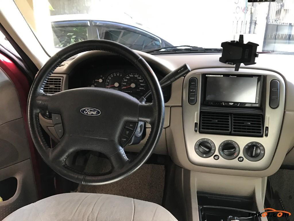 Ford Explorer 2006 - 7