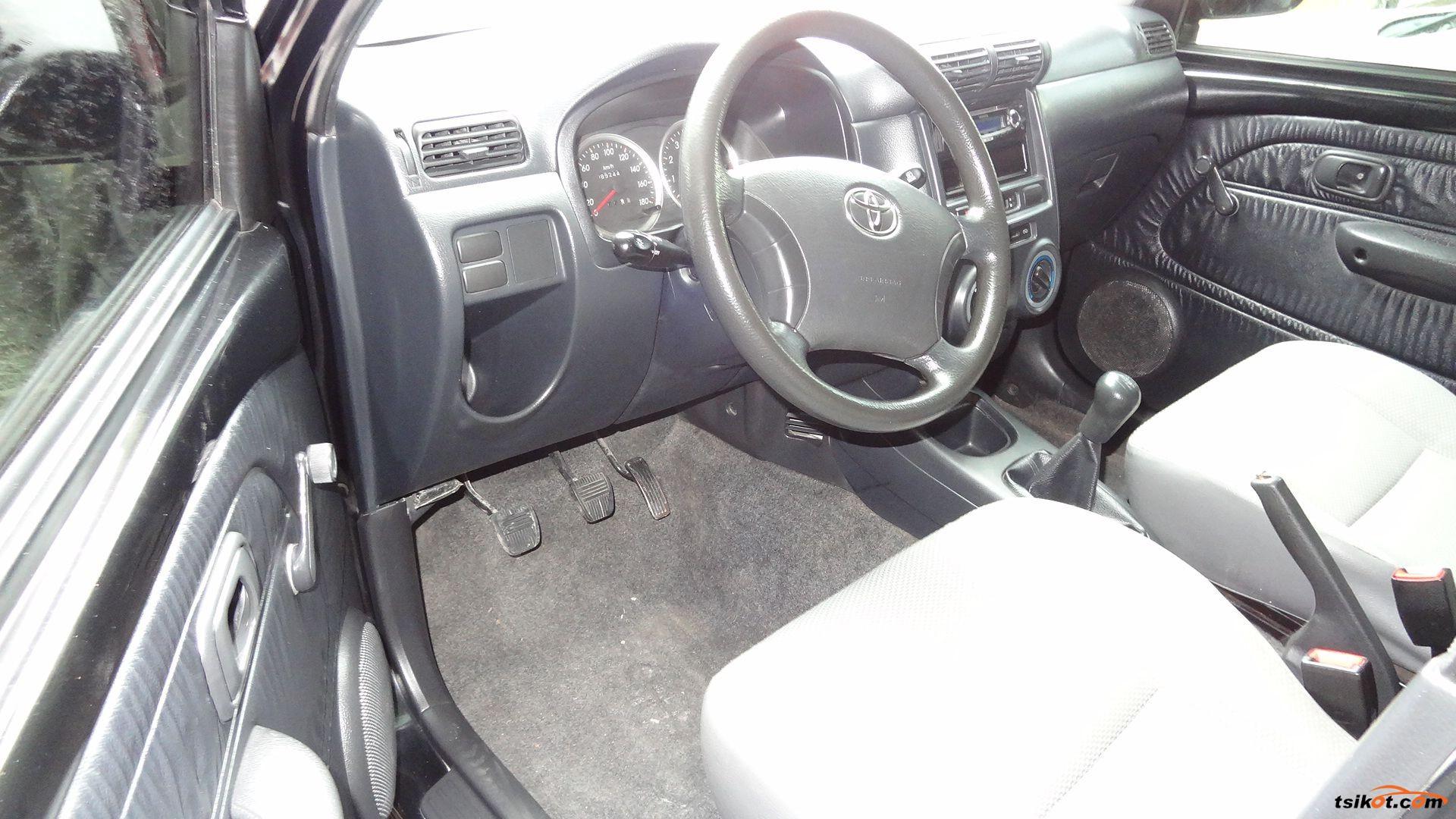 Toyota Avanza 2011 - 8