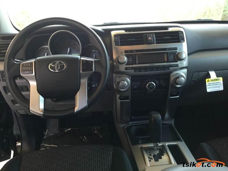 Toyota 4Runner 2013 - 5