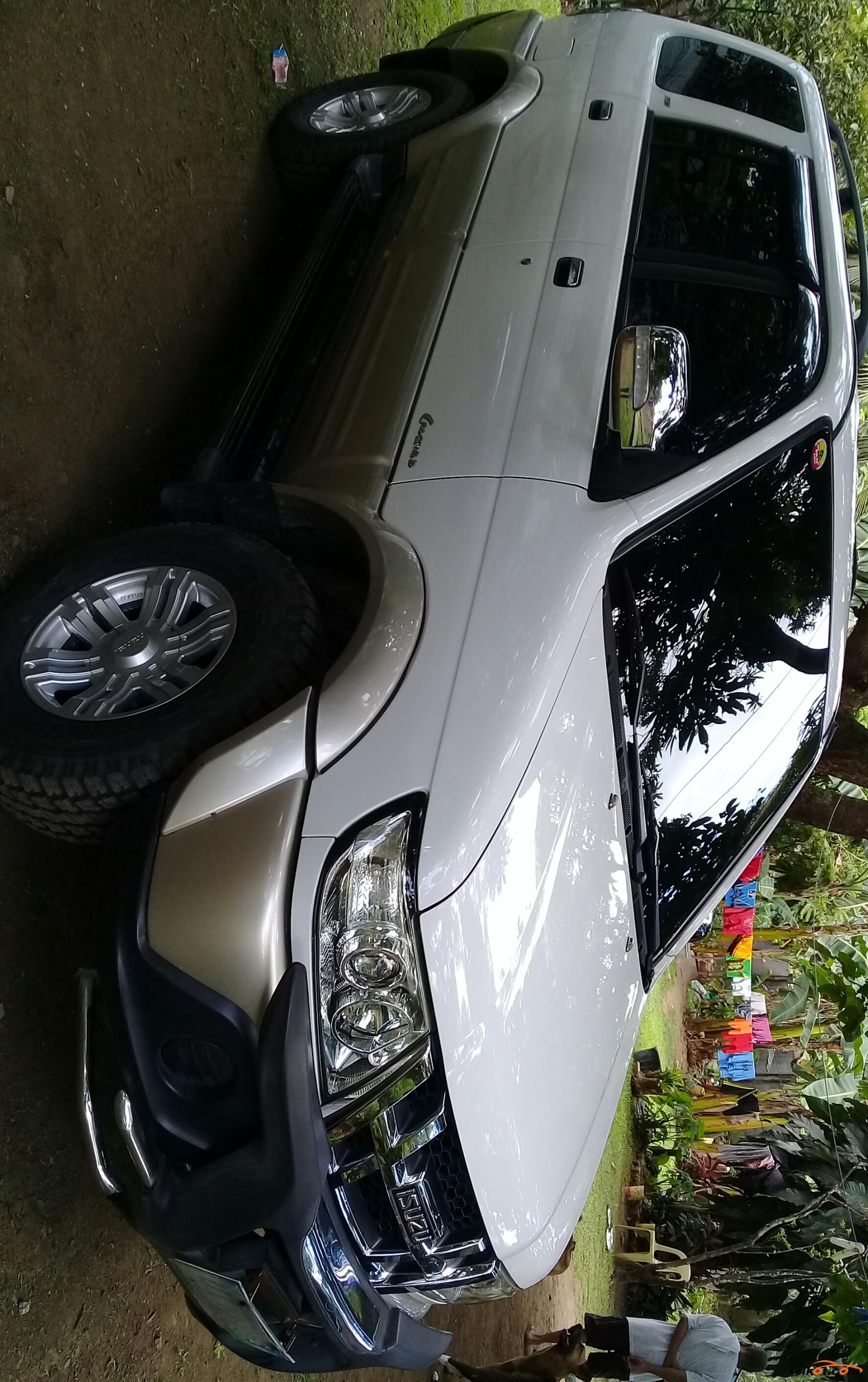 Isuzu Crosswind 2012 - 1
