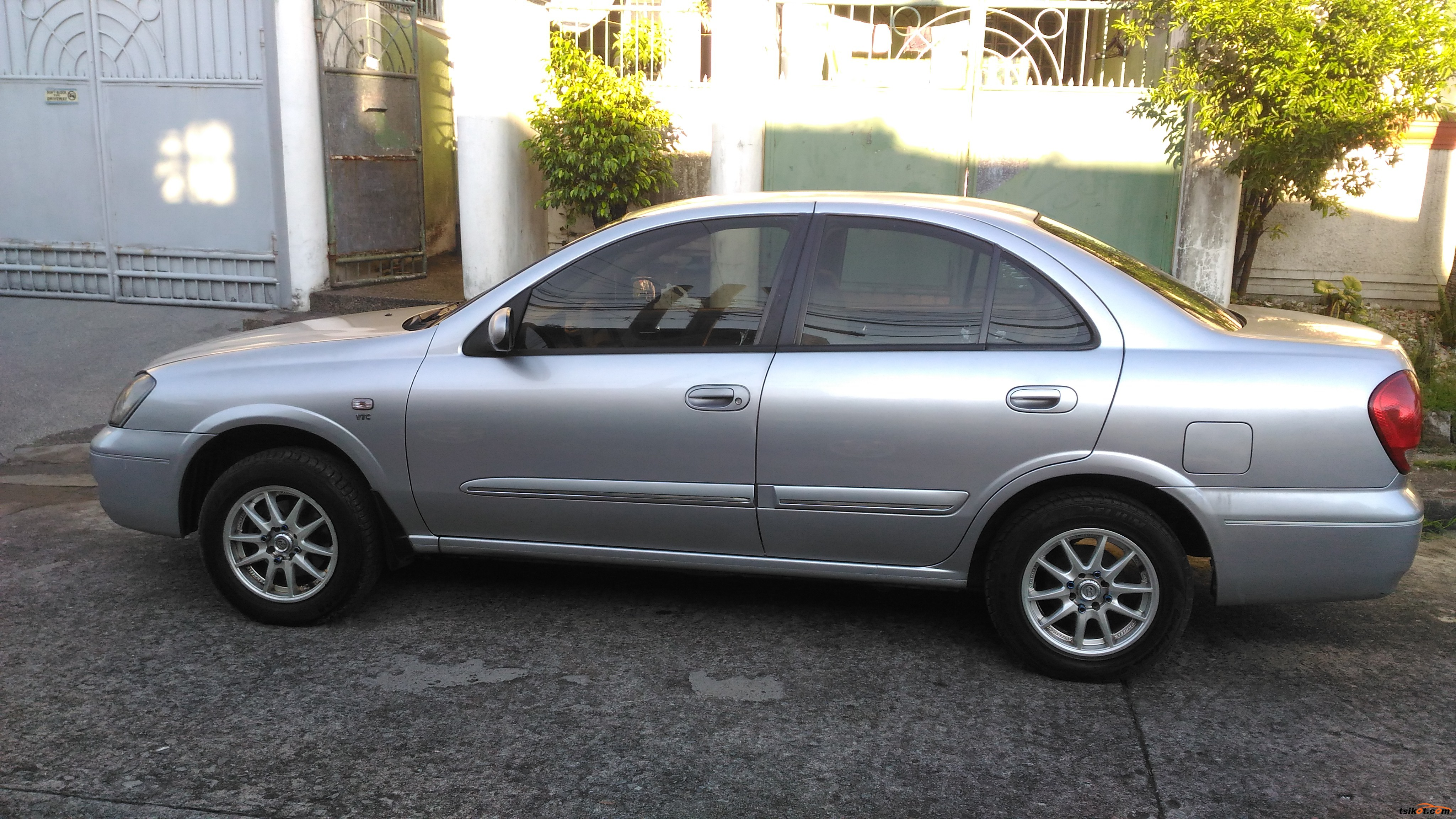nissan sentra 2005 car for sale metro manila philippines. Black Bedroom Furniture Sets. Home Design Ideas