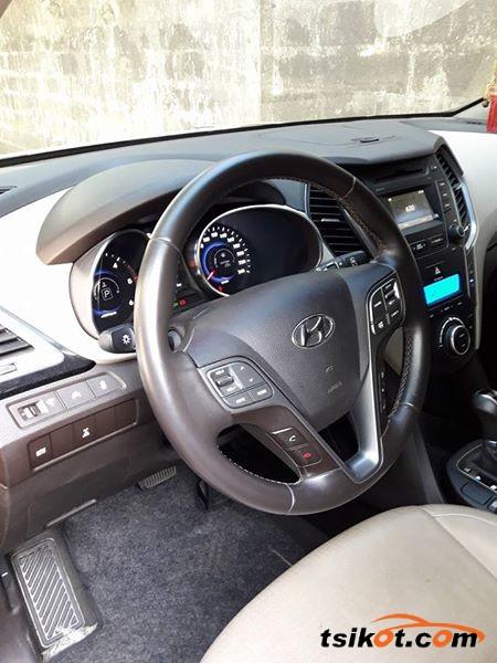 Hyundai Santa Fe 2013 - 3