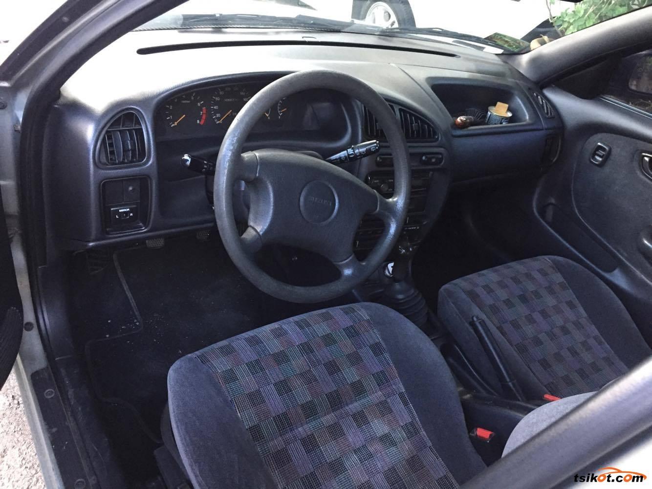 Suzuki Esteem 1997 - 5