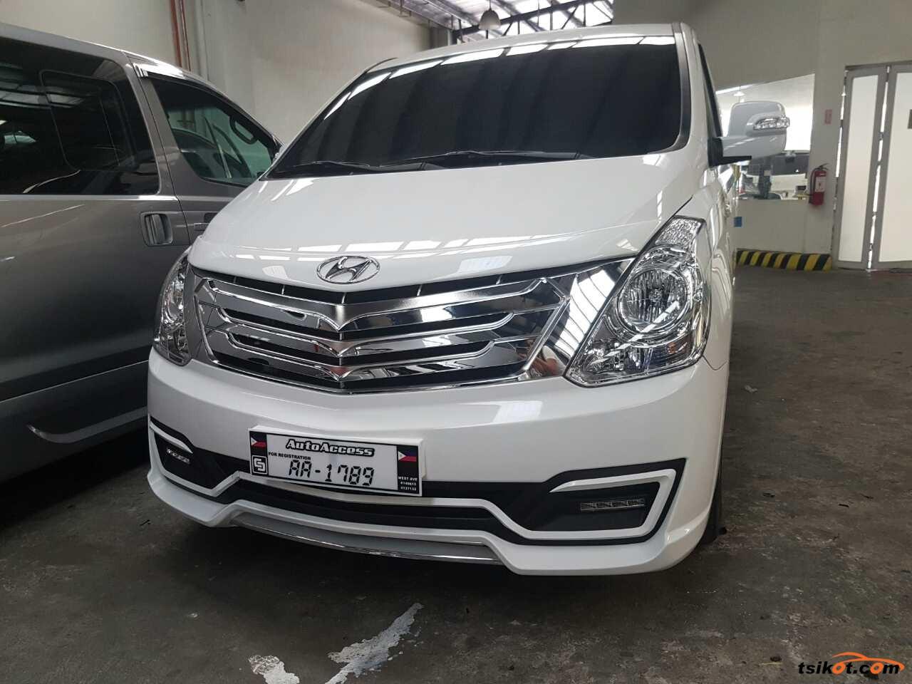 Hyundai Grand Starex 2016 - 2