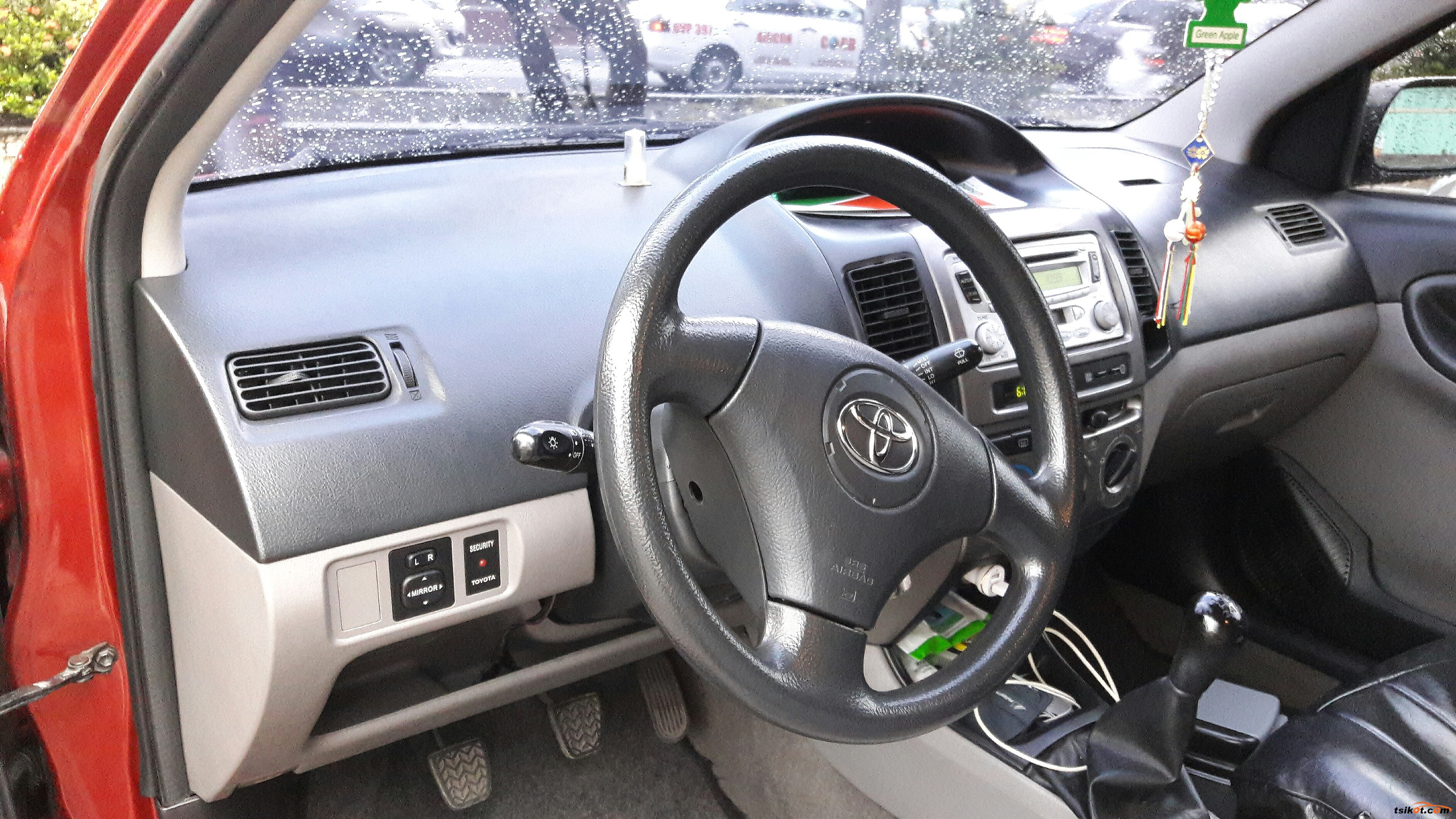Toyota Vios 2005 - 5