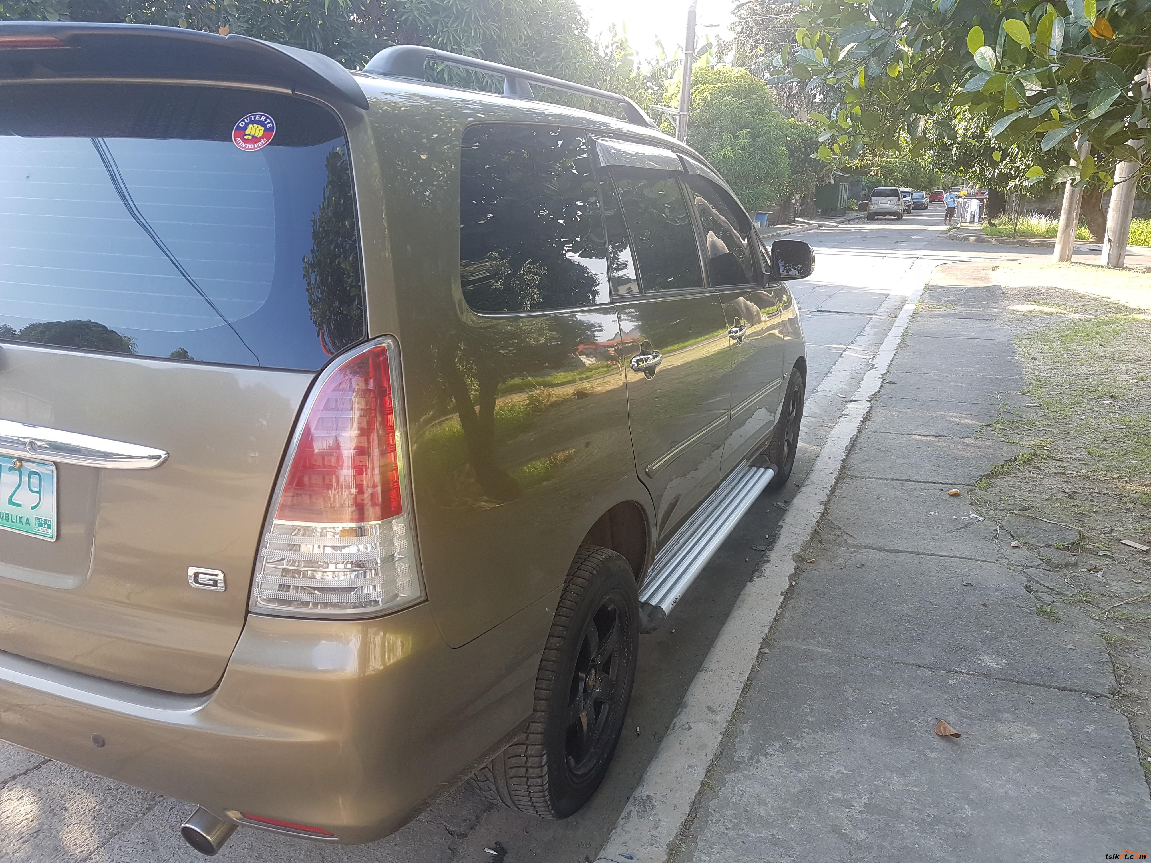 Toyota Innova 2012 - 6