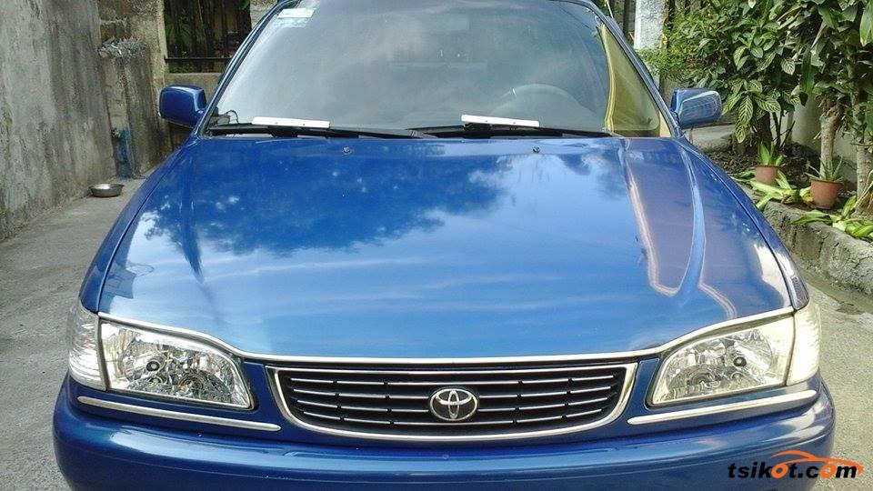 Toyota Corolla 2000 - 1