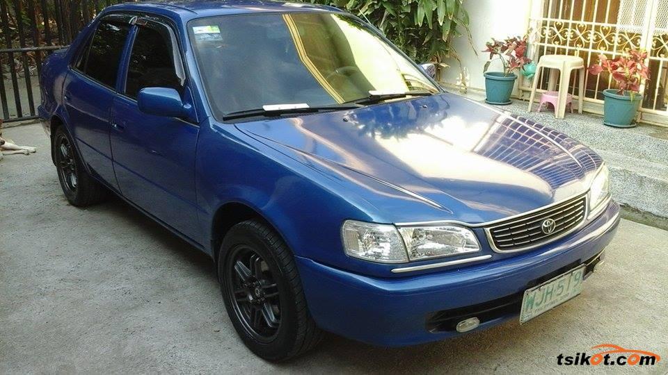 Toyota Corolla 2000 - 4