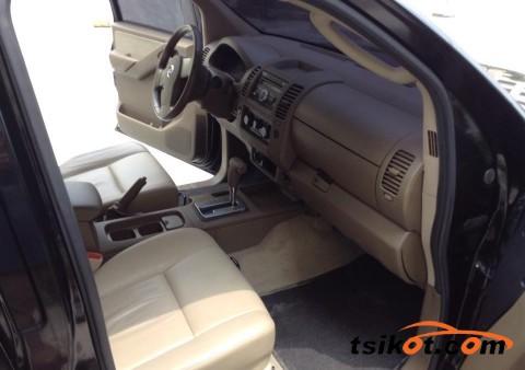 Nissan Navara 2011 - 5